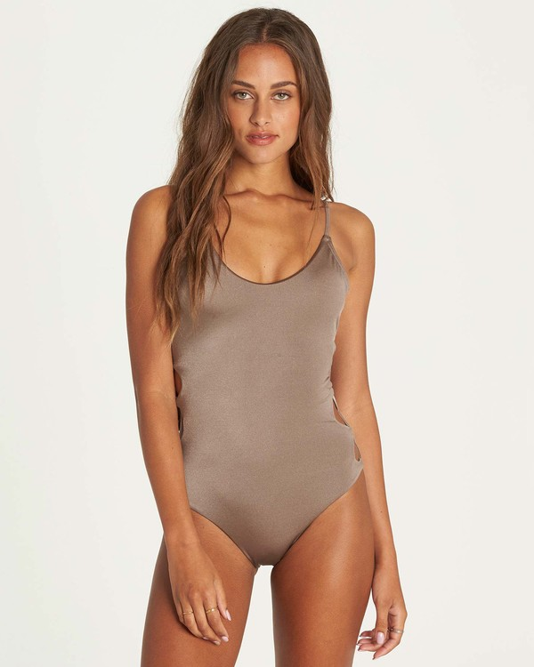 0 Sol Searcher One Piece Swim Beige X117NBSO Billabong