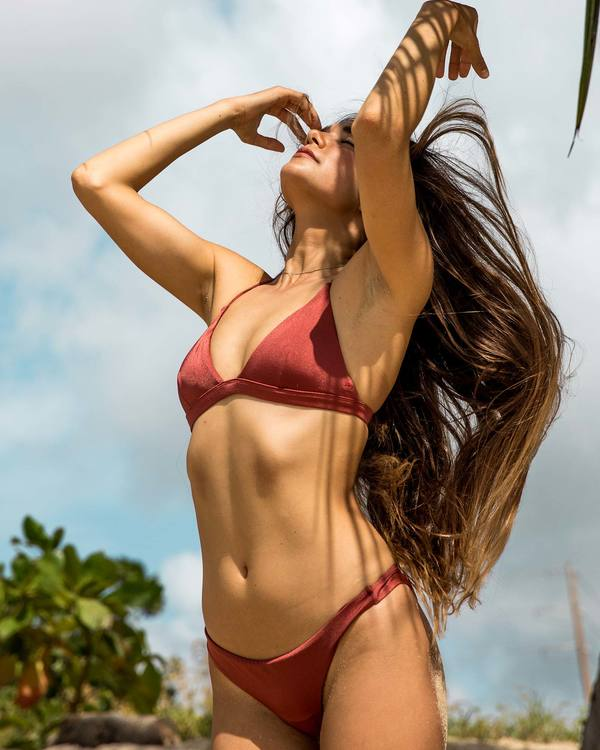 0 Sol Searcher Fixed Triangle Bikini Top Red XT27LSOL Billabong