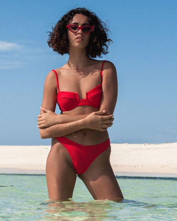0 Wave Trip Underwire Bikini Top Red XT691BWA Billabong