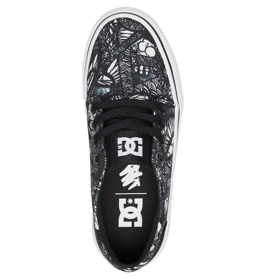aaaa8b2228 3 Kid s Trase X Darbotz Shoes ADBS300288 DC Shoes