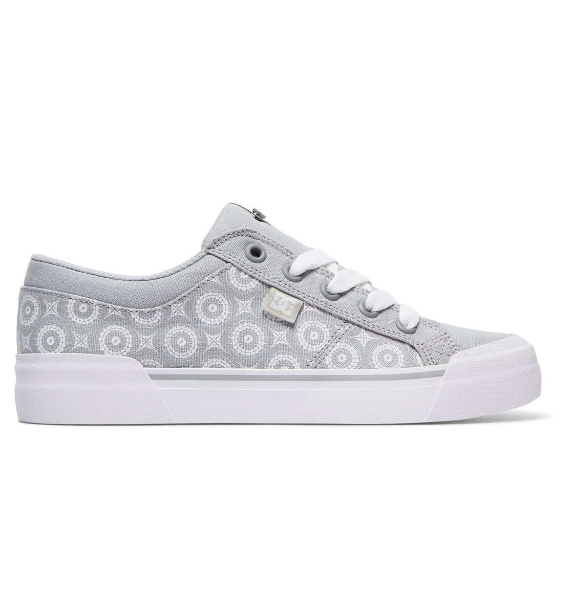 83c9b6bd8014 0 Women s Danni TX SE Shoes ADJS300163 DC Shoes