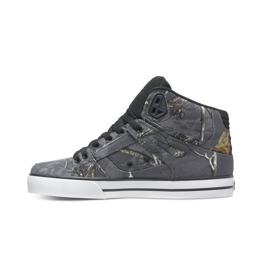 424689627ddf5 2 Men's Spartan WC Realtree High-Top Shoes ADYS100220 DC Shoes