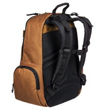 Breed 26L Medium Backpack  ADYBP03054