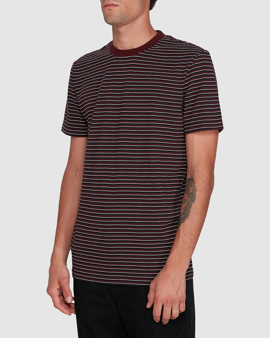 2 CLASSIC STRIPE TEE Red 102001 Element