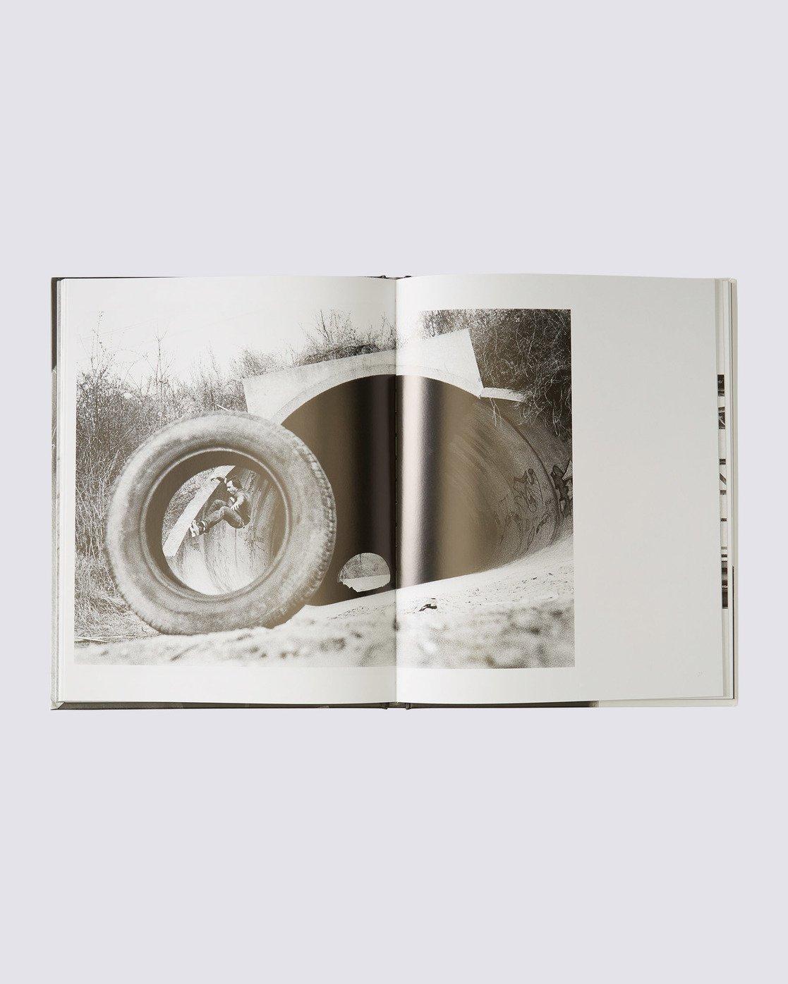1 Attraper Au Vol Book Multicolor ACBKHVOL Element