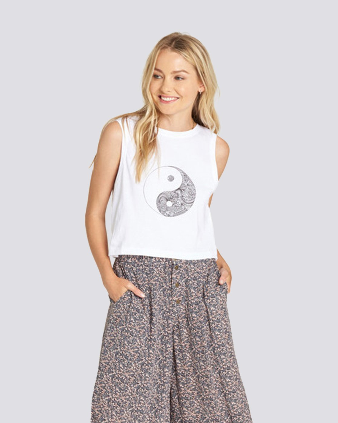 1 Yin Yang Crop Tank White J491UEYY Element