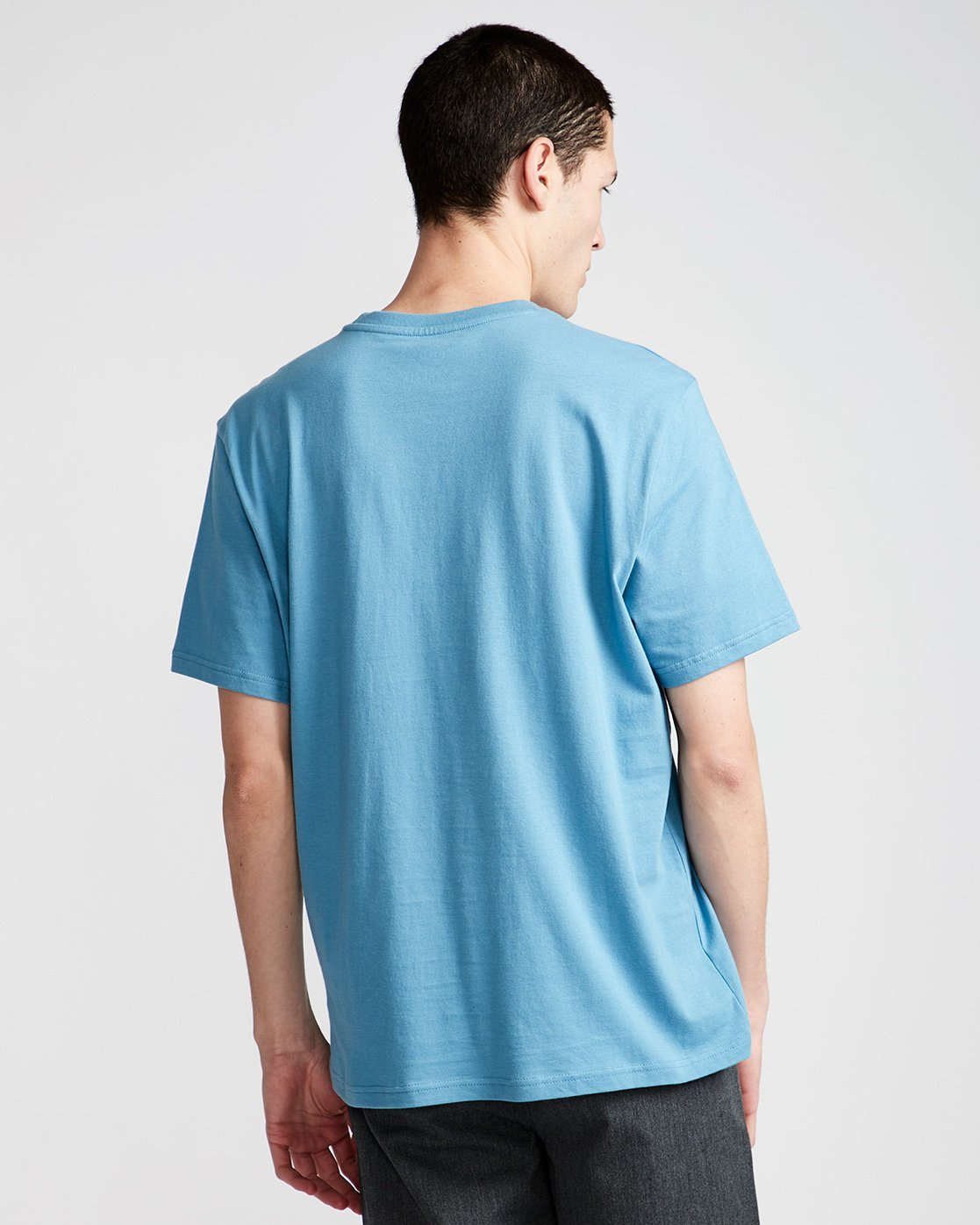 2 Blazin Chest Ss - Tee Shirt for Men Blue N1SSB4ELP9 Element