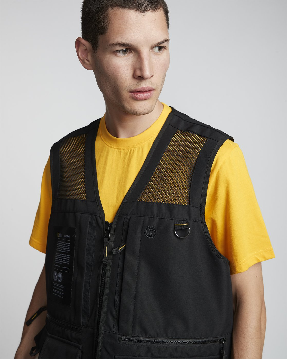 10 National Geographic Aether - Recycled Waterproof Vest for Men Black S1JKC6ELP0 Element