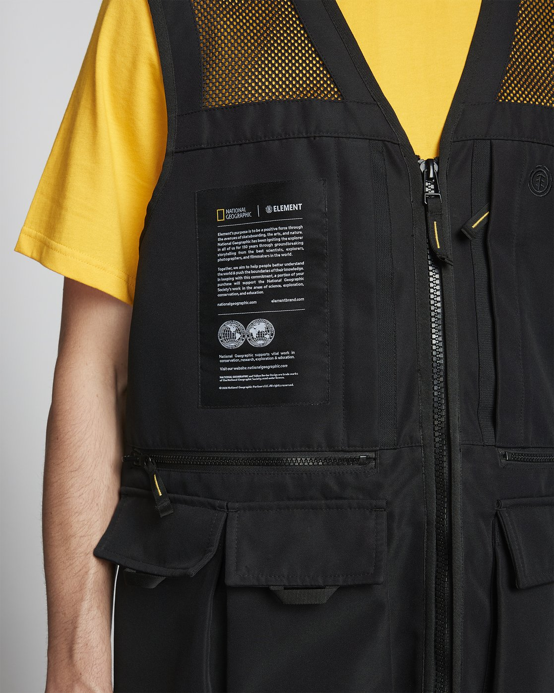 12 National Geographic Aether - Recycled Waterproof Vest for Men Black S1JKC6ELP0 Element