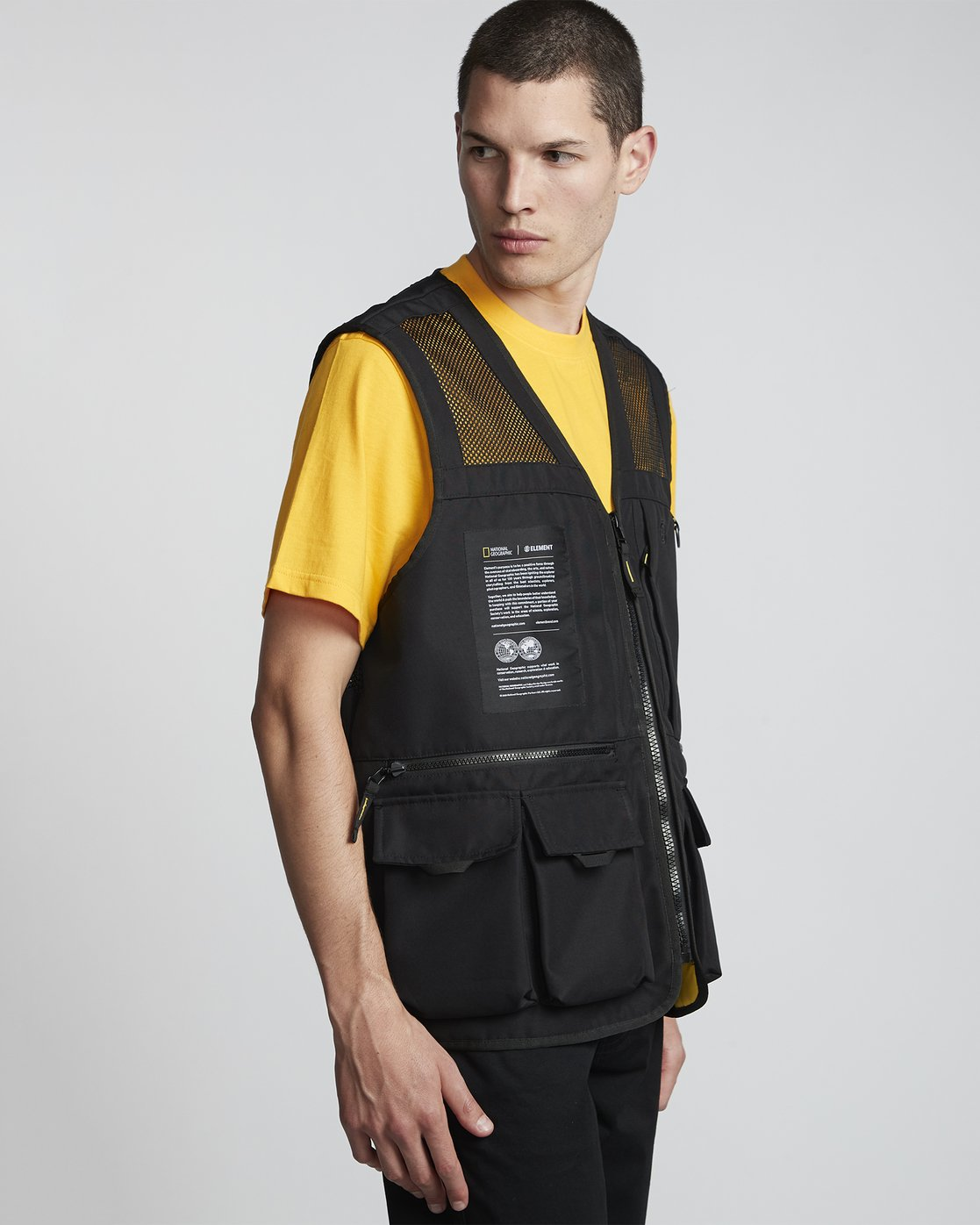8 National Geographic Aether - Recycled Waterproof Vest for Men Black S1JKC6ELP0 Element
