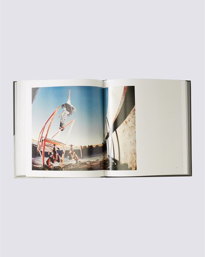 1 A Life in Transition Book Orange MAMI5AIT Element
