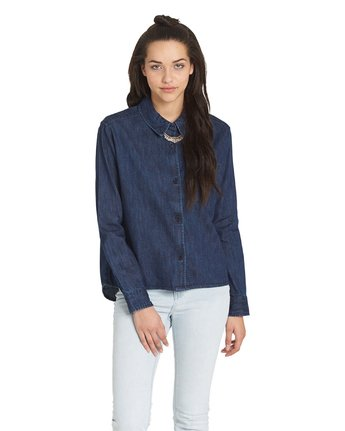 4 The Dawn Chambray Top  J525QETD Element