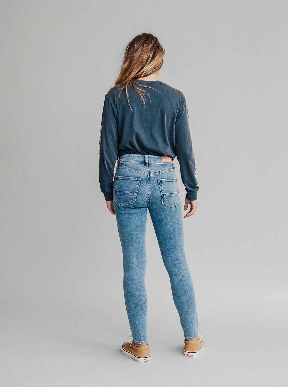 92fcd71b17 1 Quiksilver Womens High Rise Skinny Fit Jeans Blue EQWDP03000 Quiksilver