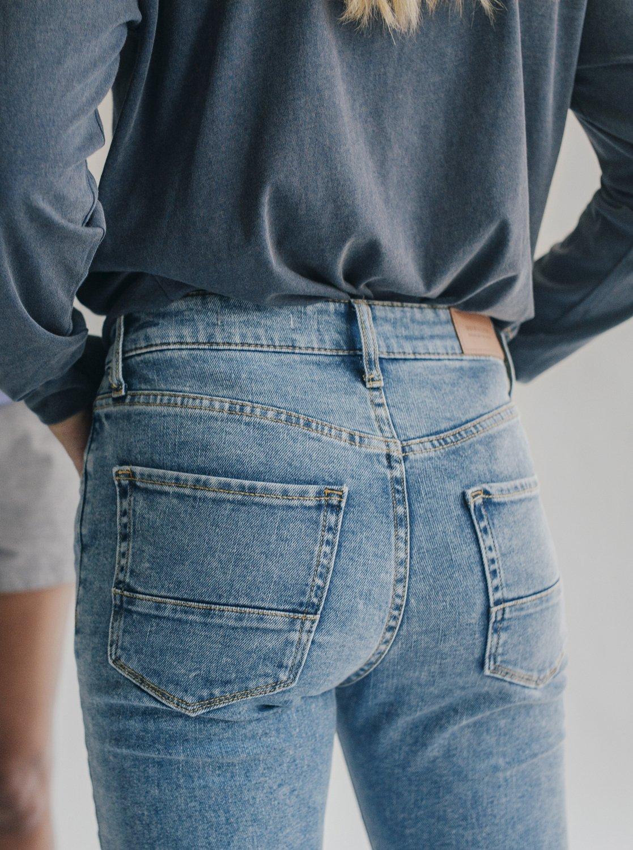 f15c6435bb 4 Quiksilver Womens High Rise Skinny Fit Jeans Blue EQWDP03000 Quiksilver