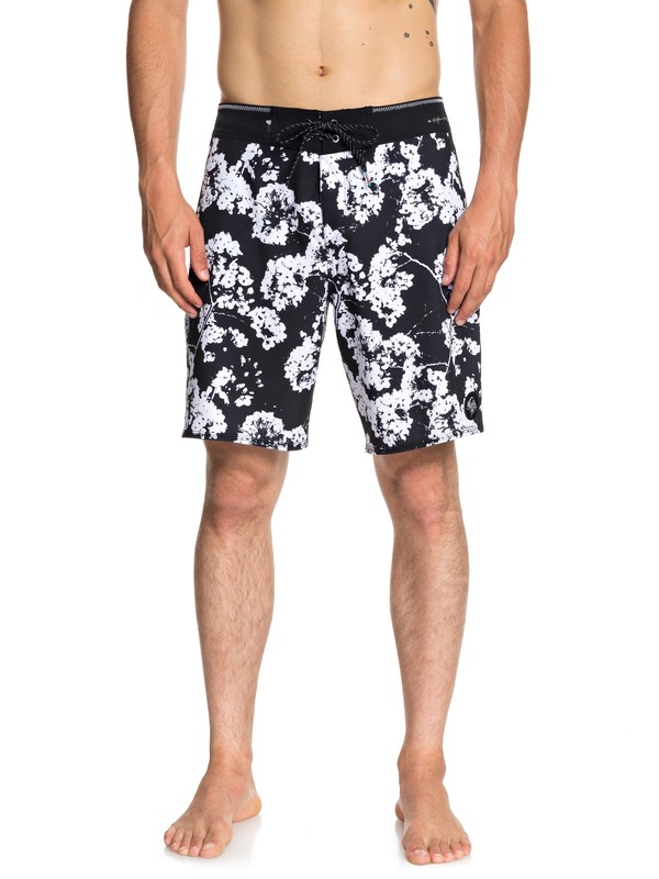 "0 Highline White Out 19"" Boardshorts Black EQYBS04047 Quiksilver"