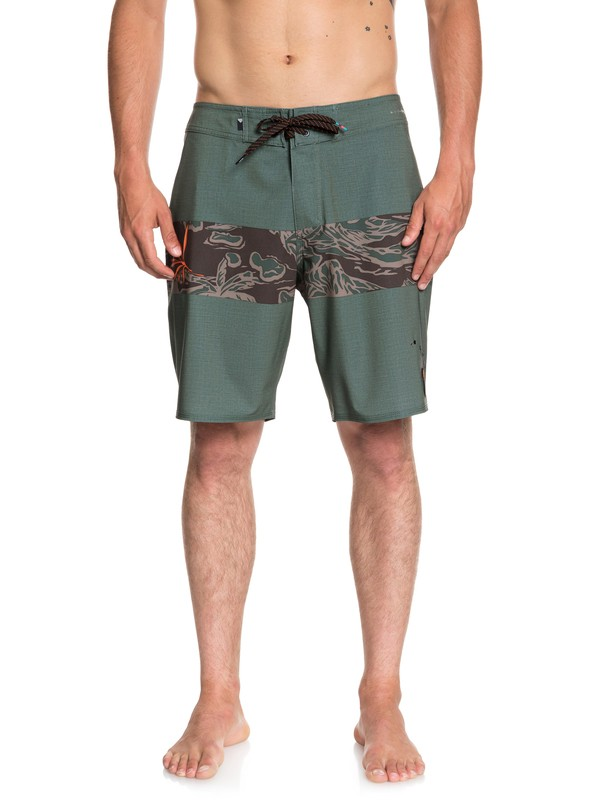 "0 Highline Hawaii Variable 19"" Boardshorts Brown EQYBS04056 Quiksilver"