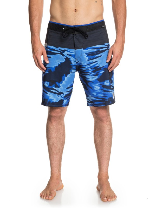 "0 Highline Blackout 19"" Boardshorts Purple EQYBS04075 Quiksilver"