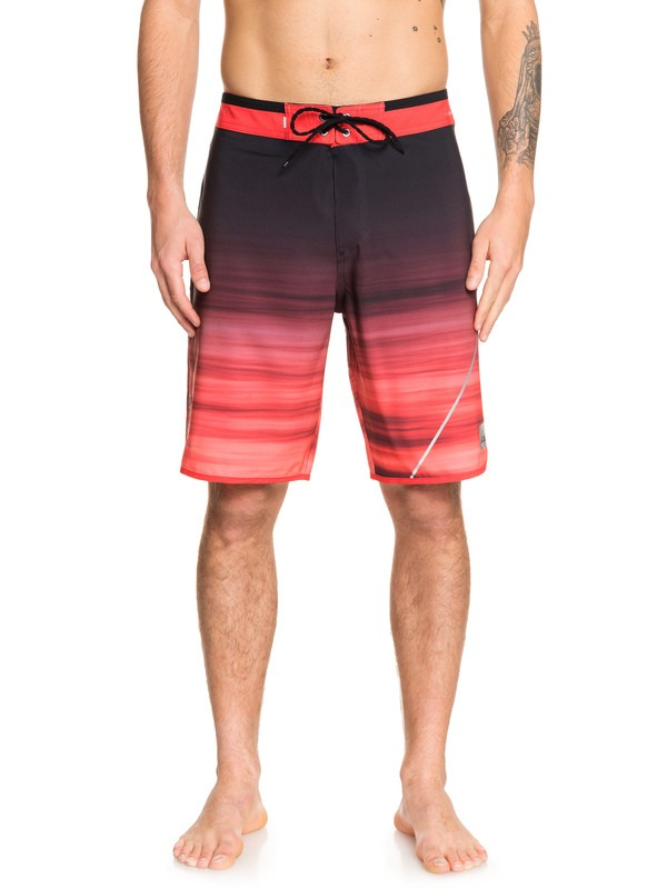 "0 Highline New Wave 20"" Boardshorts Red EQYBS04088 Quiksilver"