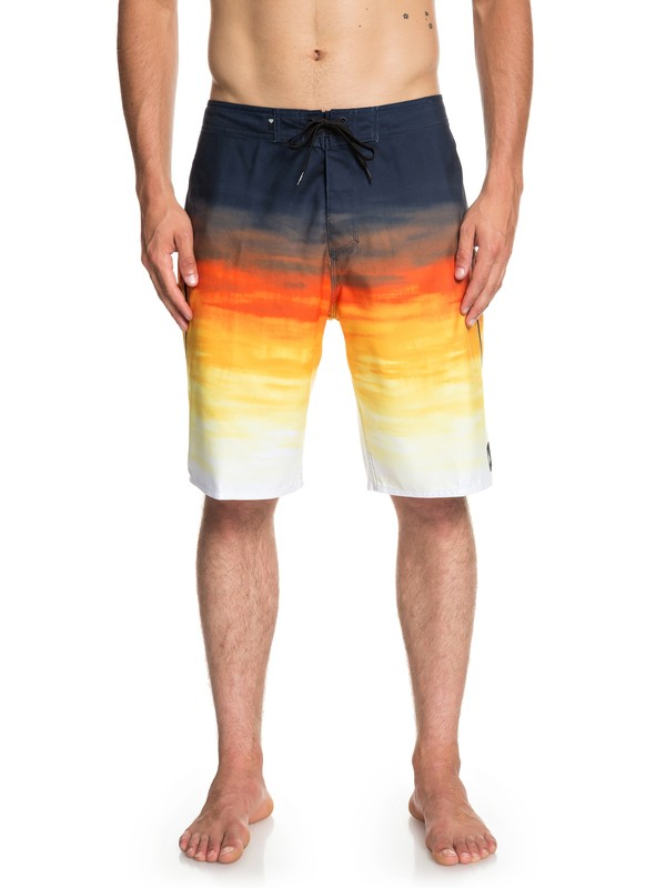 "0 Everyday Fade Reef 21"" Boardshorts Orange EQYBS04091 Quiksilver"
