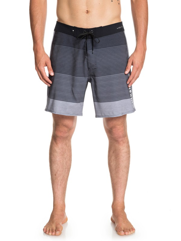 "0 Highline Massive 17"" - Board Shorts for Men Black EQYBS04115 Quiksilver"