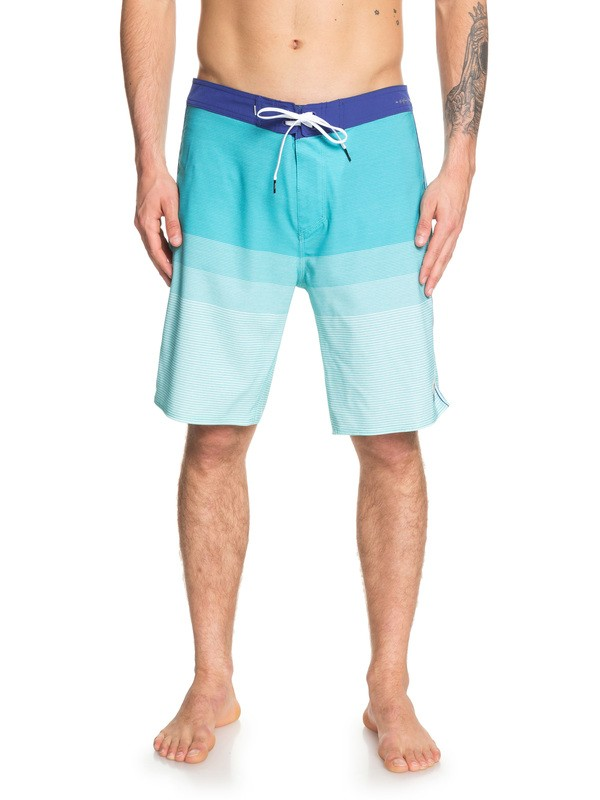 "0 Highline Massive 20"" Boardshorts Blue EQYBS04153 Quiksilver"