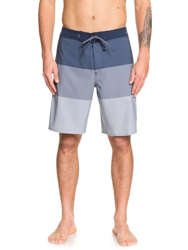 "0 Highline Massive 20"" Boardshorts Blue EQYBS04203 Quiksilver"