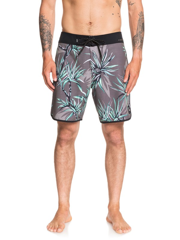 "0 Highline Salty Palms 18"" Boardshorts Black EQYBS04263 Quiksilver"