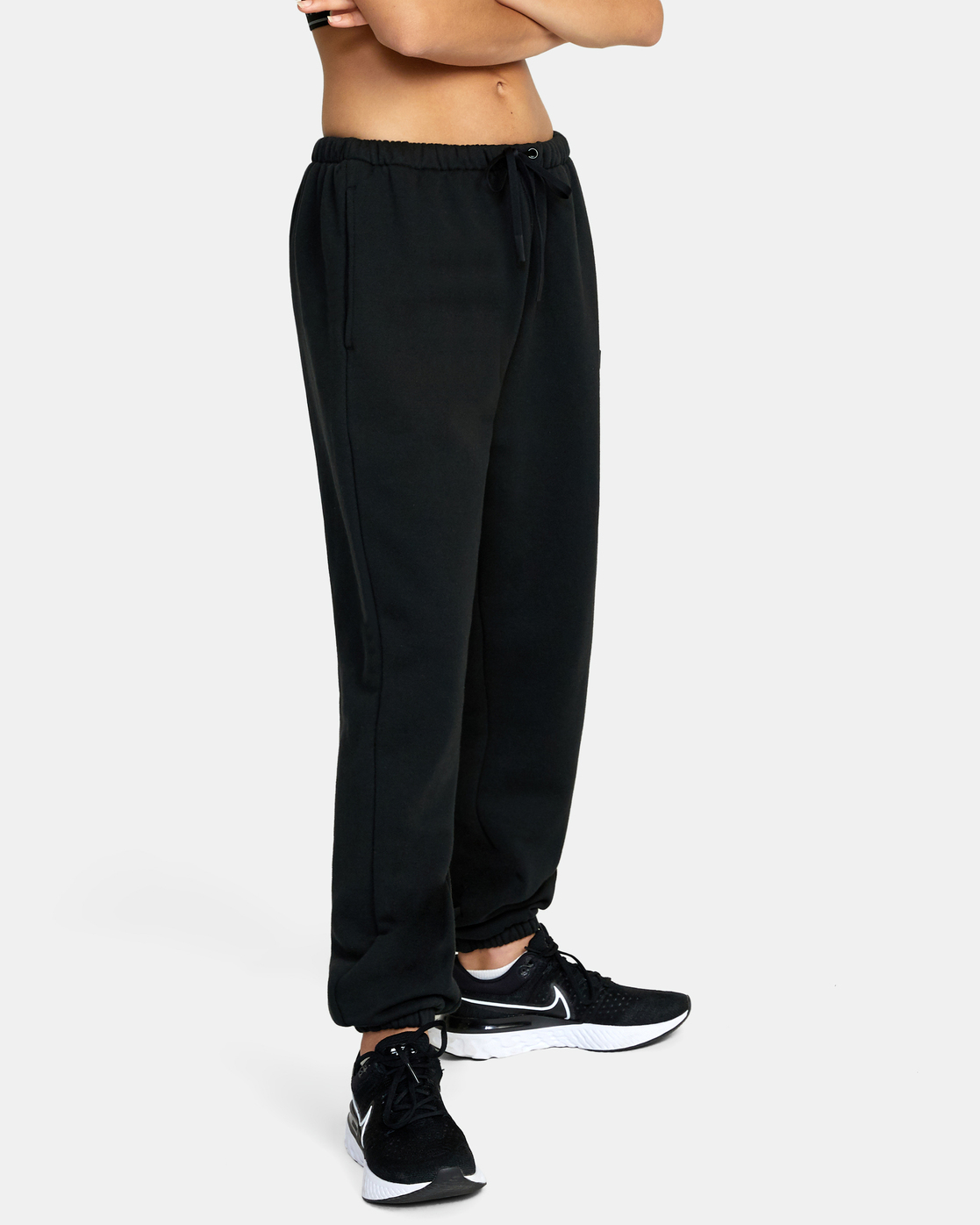3 VA ESSENTIAL JOGGER SWEATPANTS Black AVJFB00104 RVCA