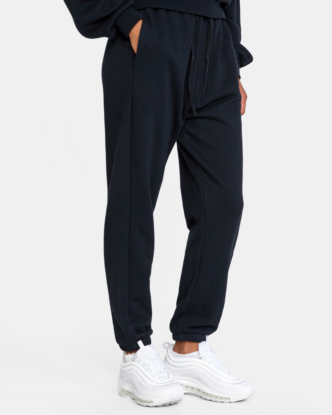 6 VA ESSENTIAL JOGGER SWEATPANTS Black AVJFB00104 RVCA