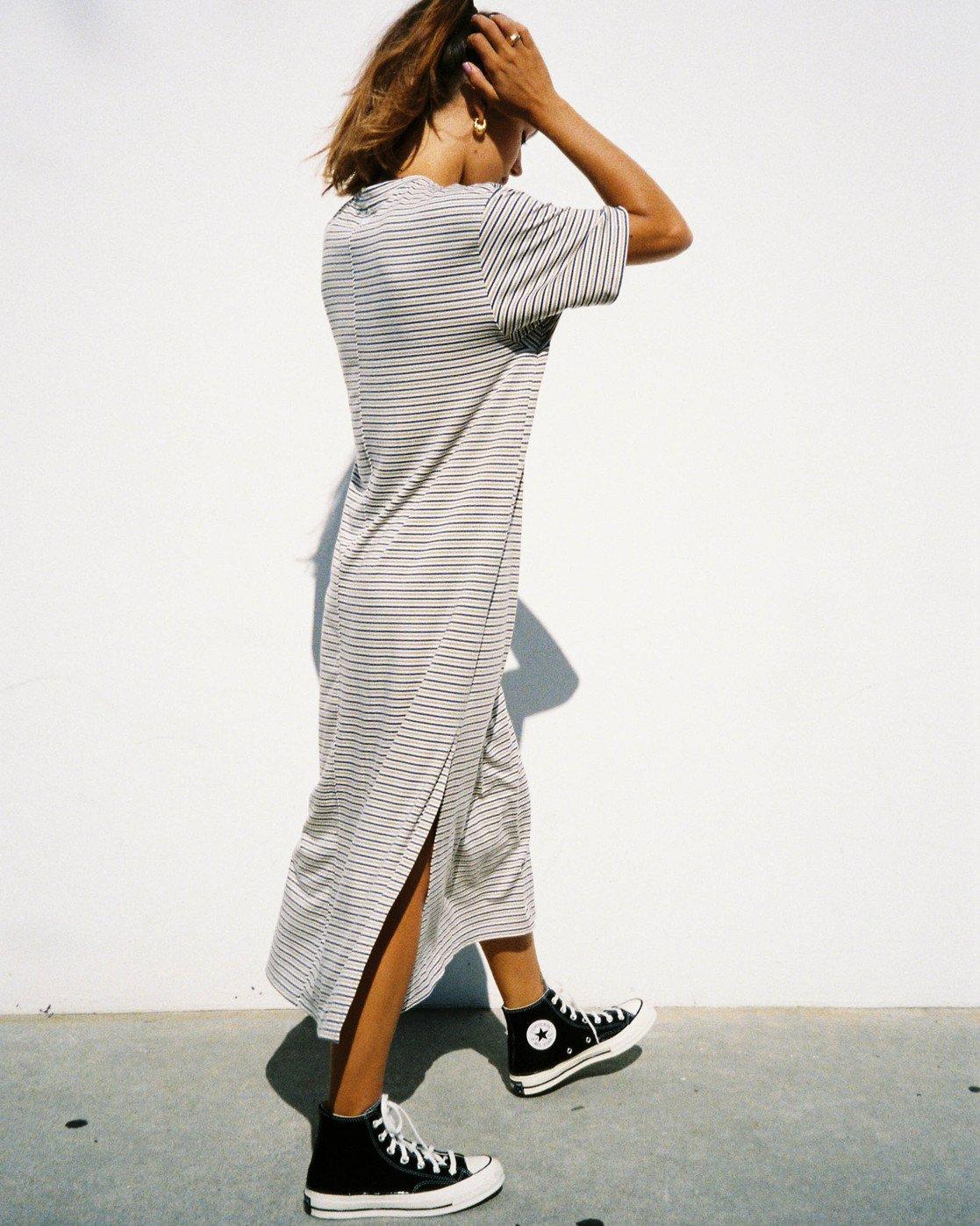 2 Anyday Tee Dress Brown AVJKD00119 RVCA