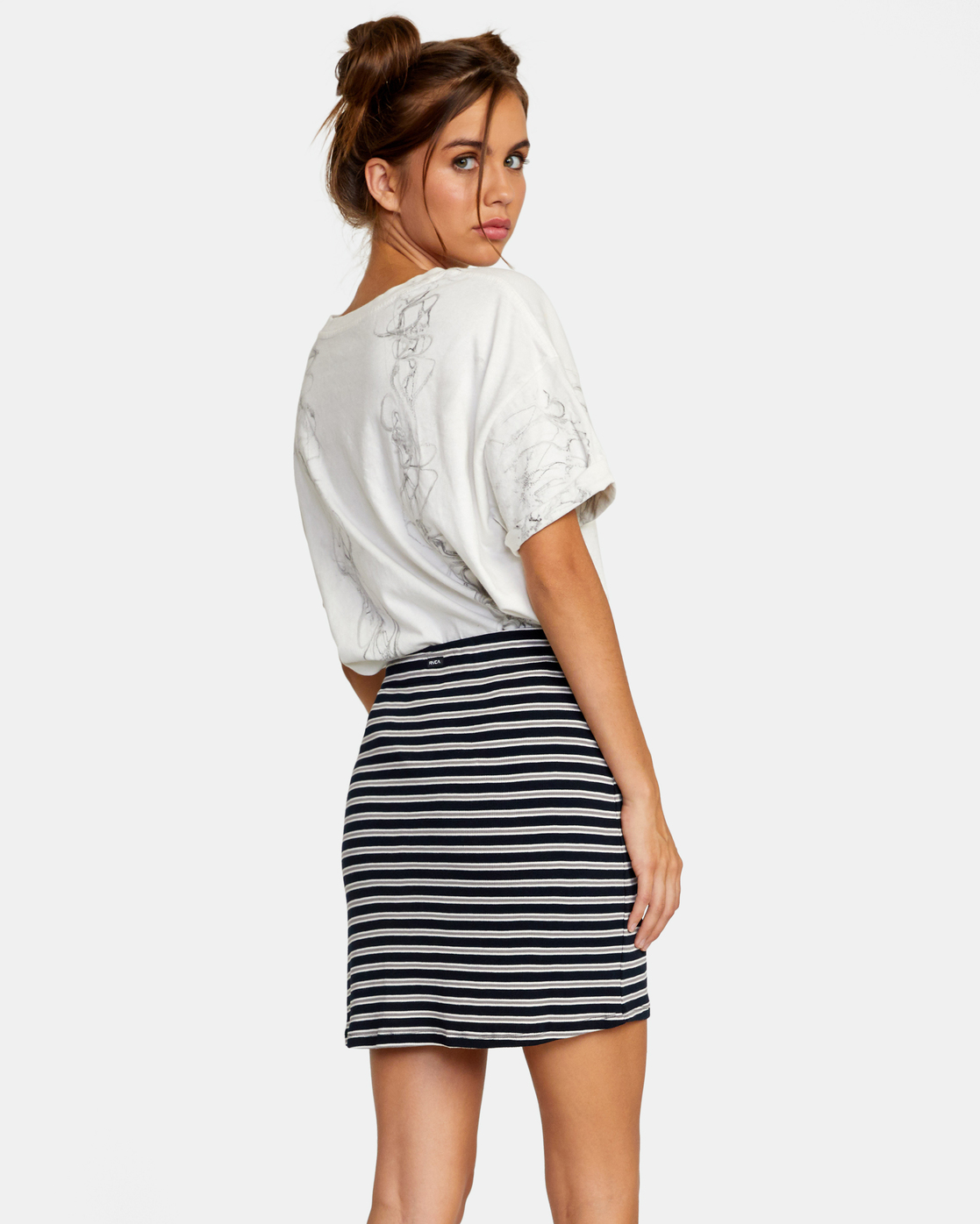 3 Pace Skirt White AVJKK00101 RVCA