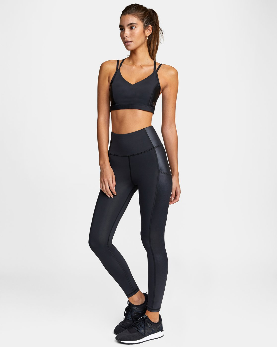 2 SKY HIGH SPORT LEGGING Black AVJNS00105 RVCA