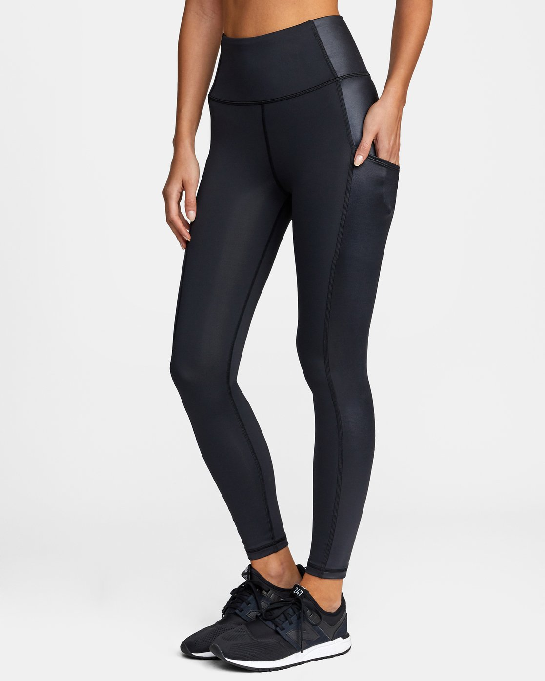 3 SKY HIGH SPORT LEGGING Black AVJNS00105 RVCA