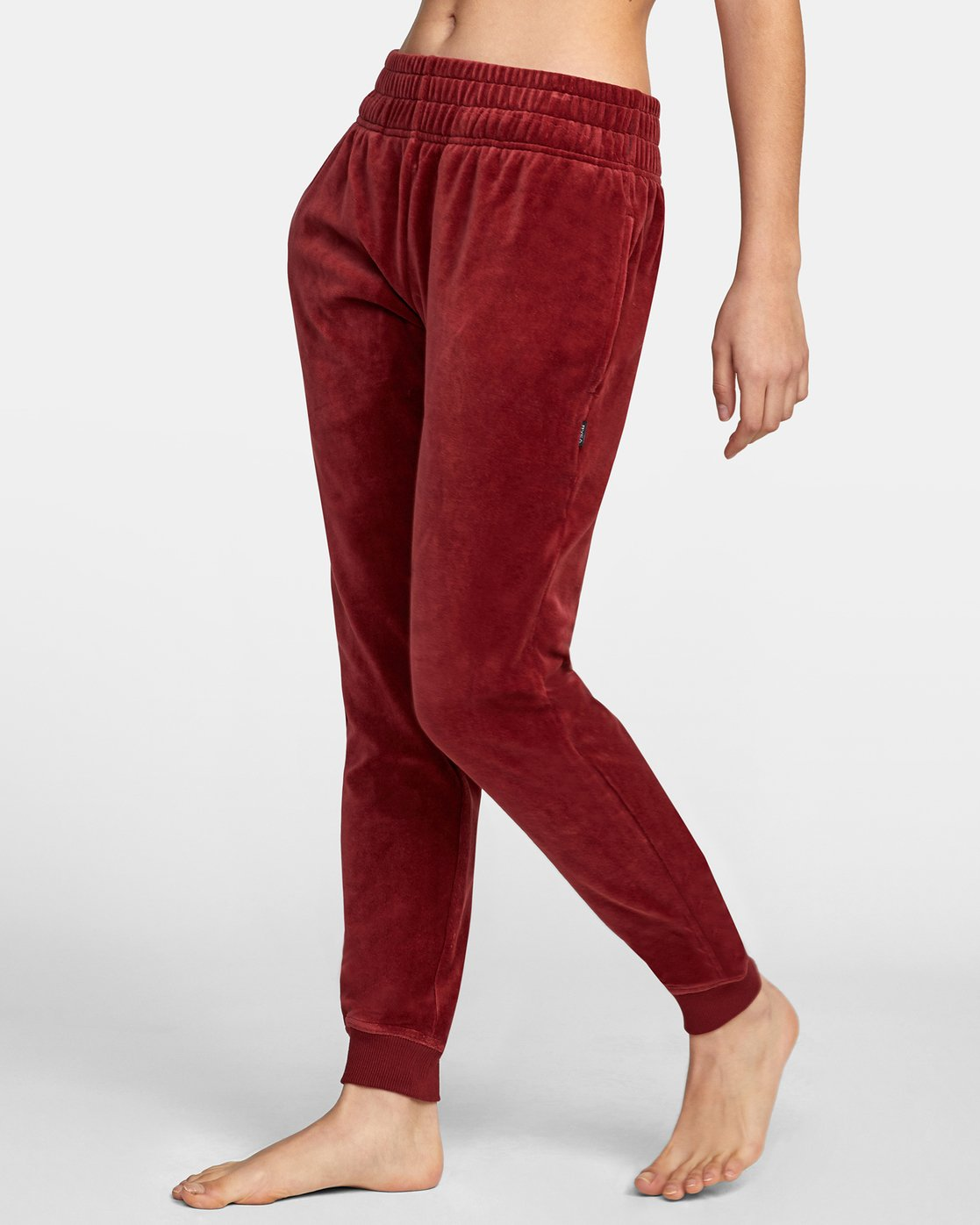 3 DAY OFF SWEATPANT Red AVJPT00100 RVCA