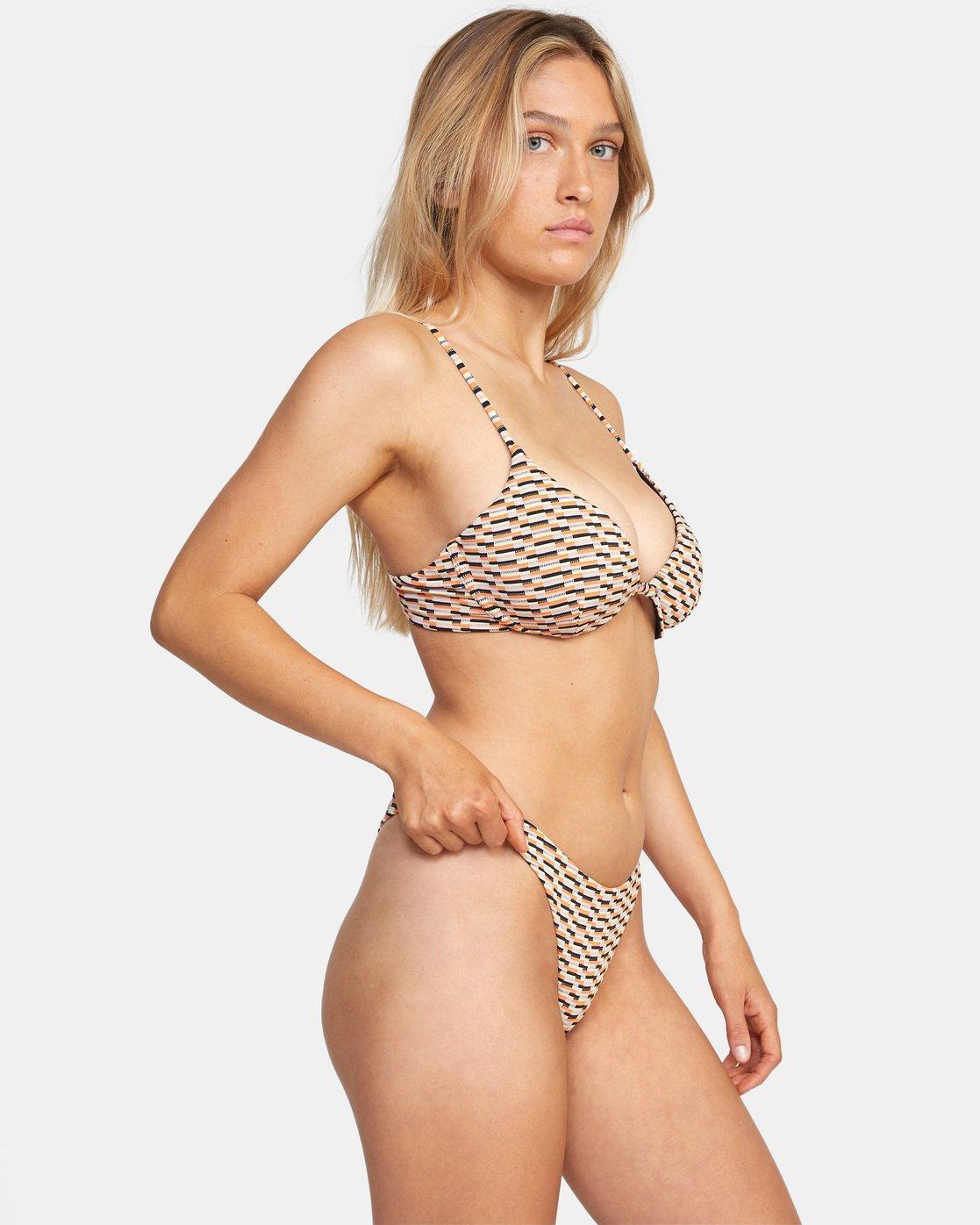 4 Cosmic Way Underwire D-Cup Bikini Top White AVJX300201 RVCA