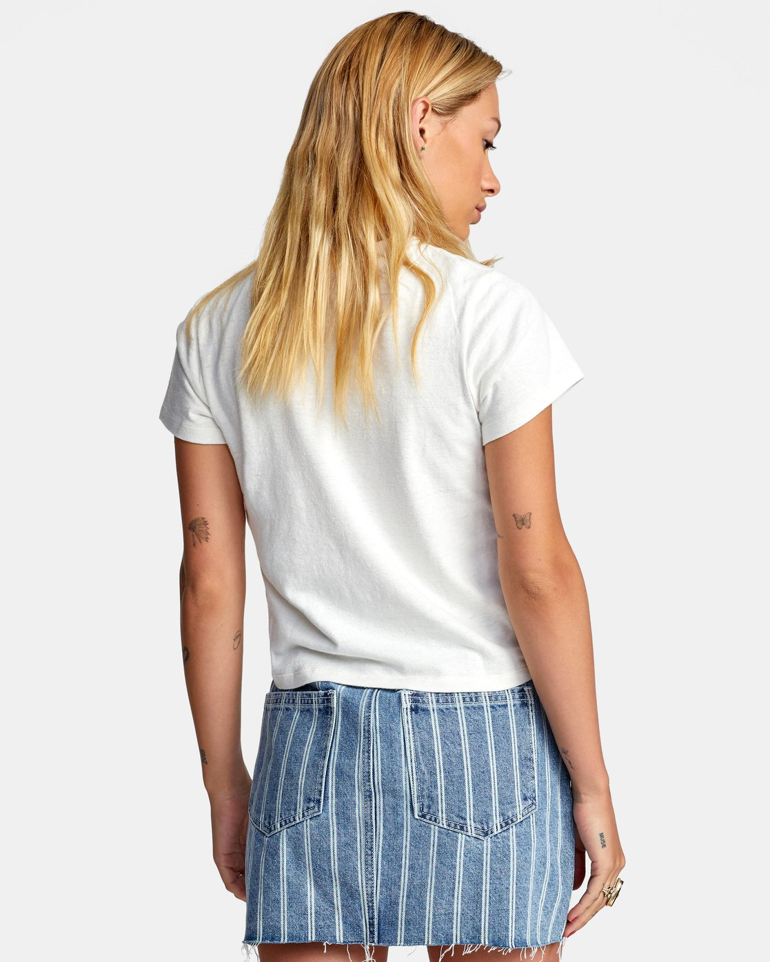 1 PEACE OUT SHORT SLEEVE TEE White AVJZT00194 RVCA