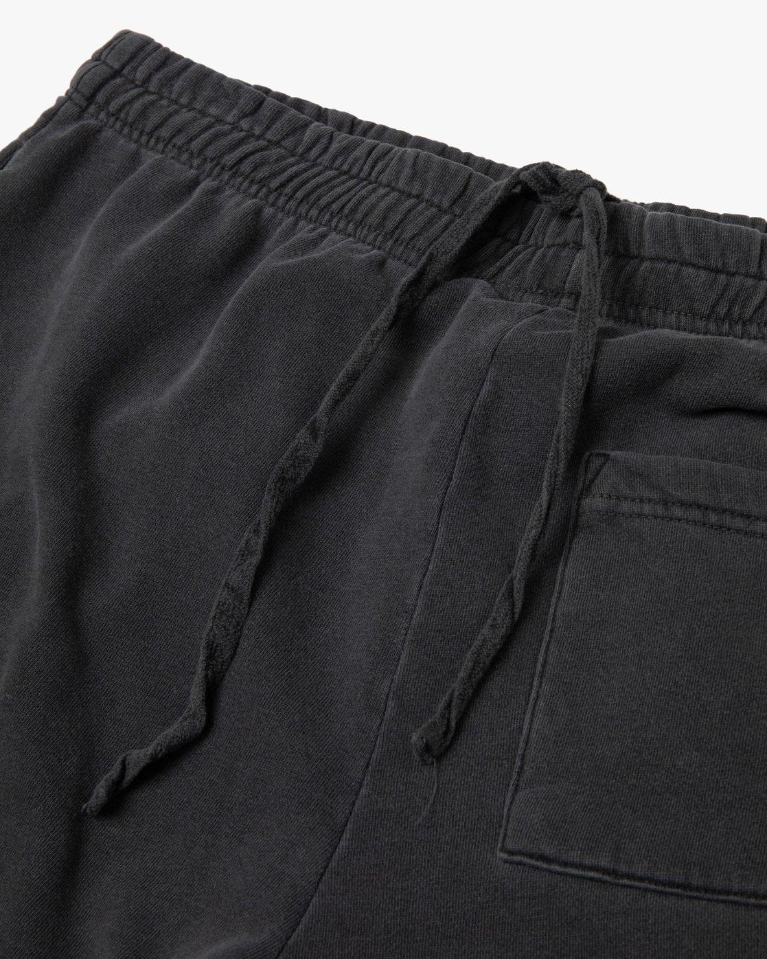 10 Jesse Brown Sweatshorts Black AVYFB00124 RVCA