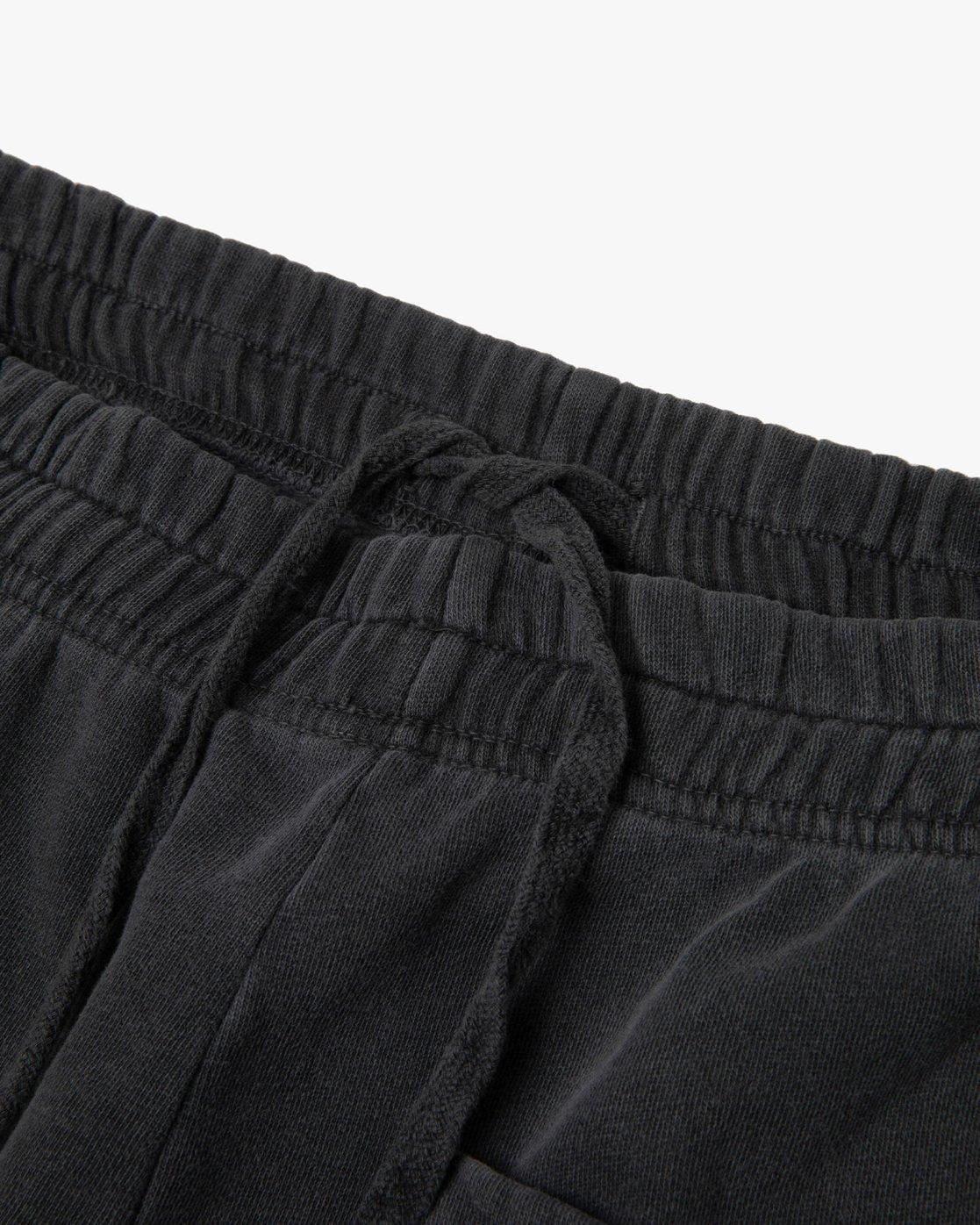 11 Jesse Brown Sweatshorts Black AVYFB00124 RVCA