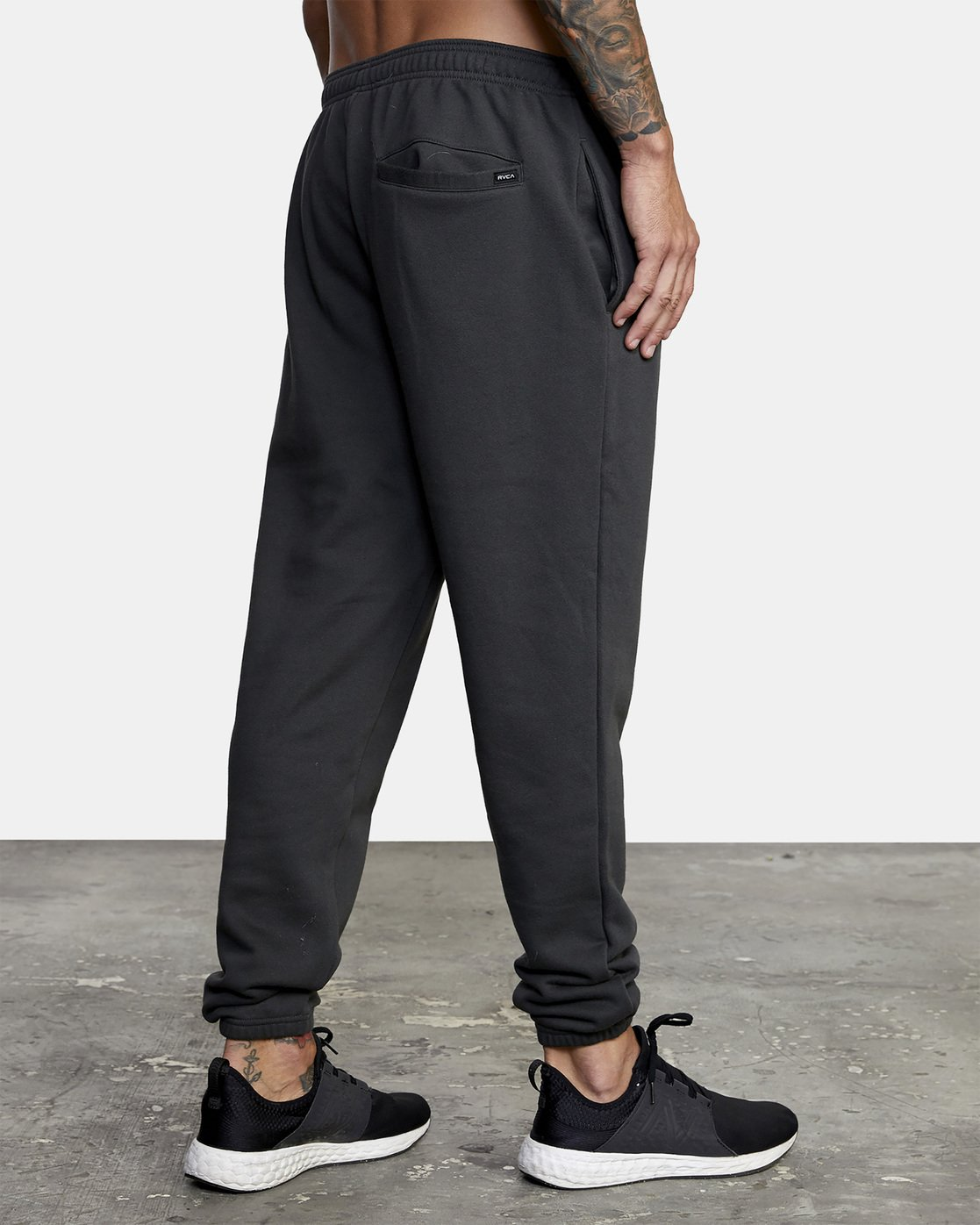 5 Heavyweight Sweatpant Black AVYNP00113 RVCA