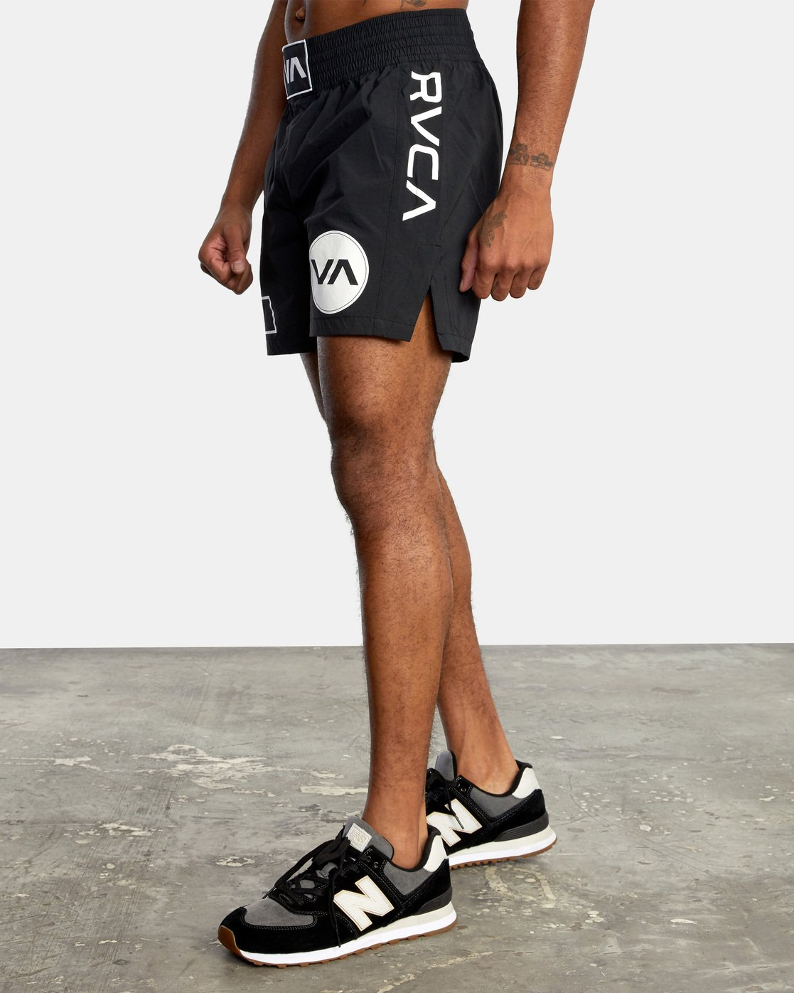 "3 Thai Training Short 18"" Black AVYWS00125 RVCA"