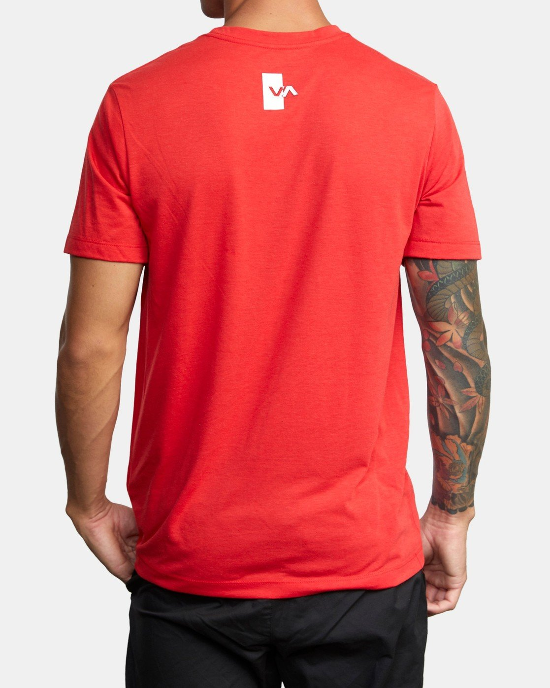 1 VA OUT TEE Red AVYZT00320 RVCA