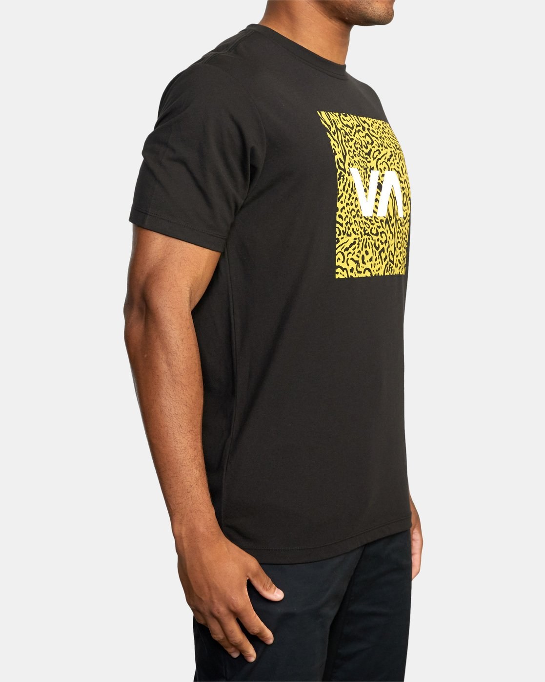 5 VA Box Fill Short Sleeve Tee Black AVYZT00518 RVCA