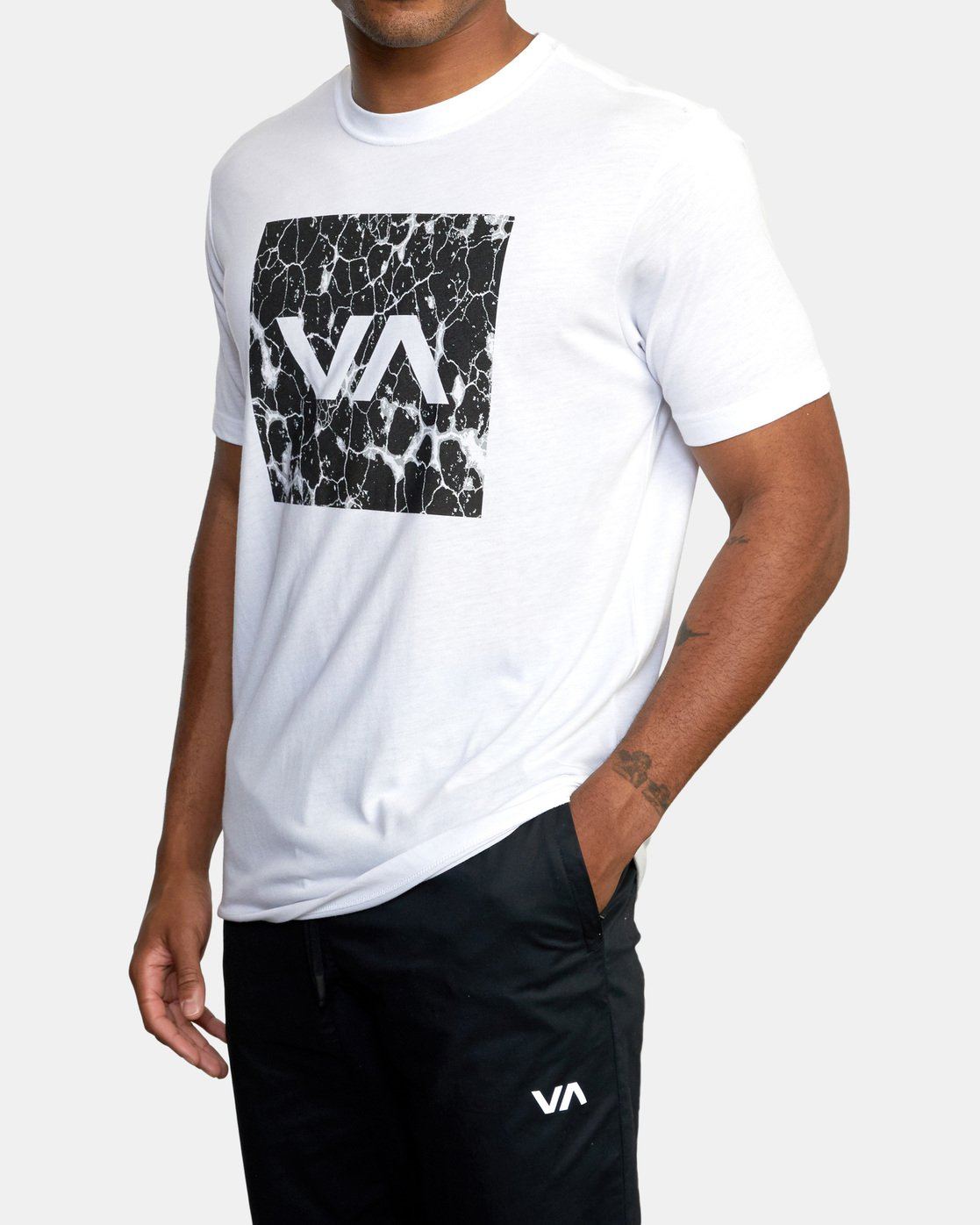 4 VA Box Fill Short Sleeve Tee White AVYZT00518 RVCA