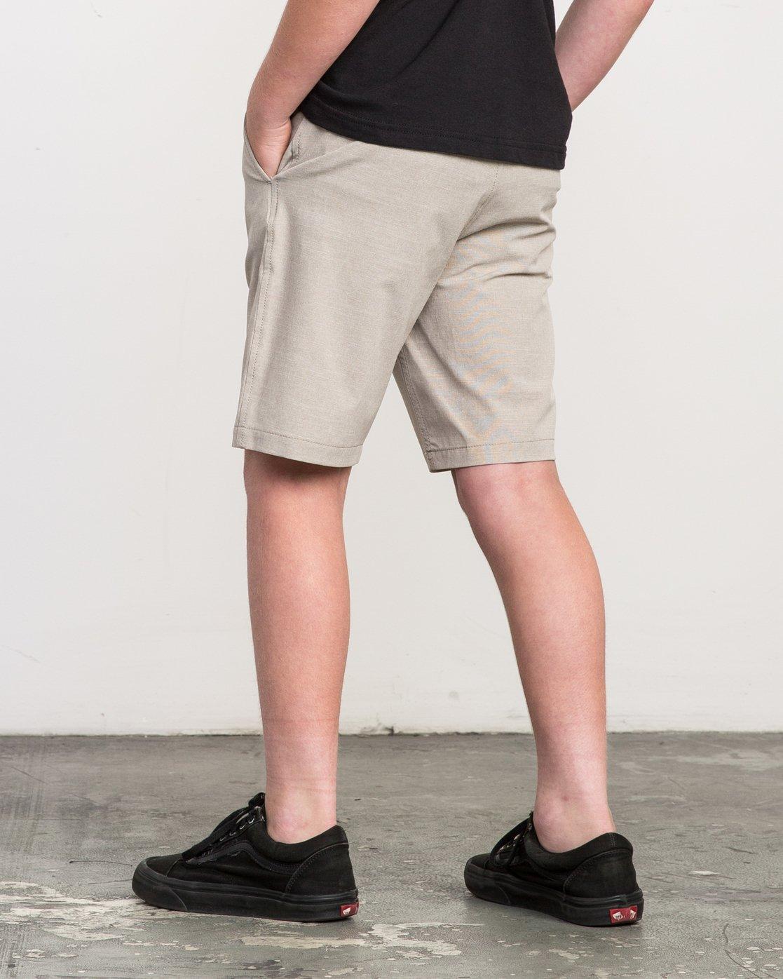 3 Boy's Balance Hybrid Short Beige B201NRBH RVCA