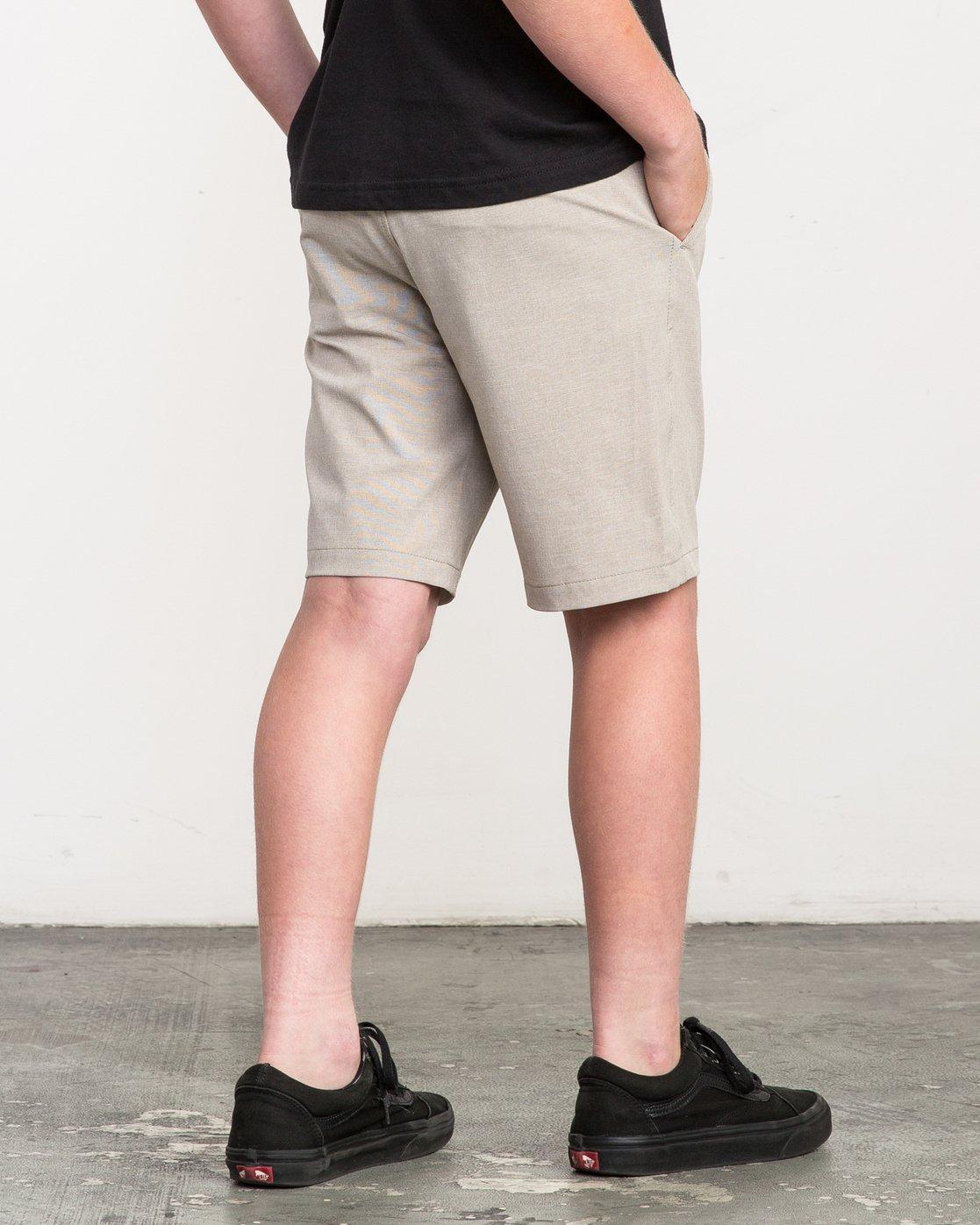 5 Boy's Balance Hybrid Short Beige B201NRBH RVCA