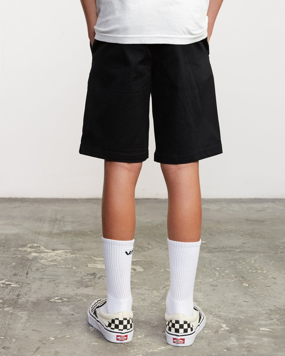4 Boy's Weekday Stretch Short Black B240TRWD RVCA