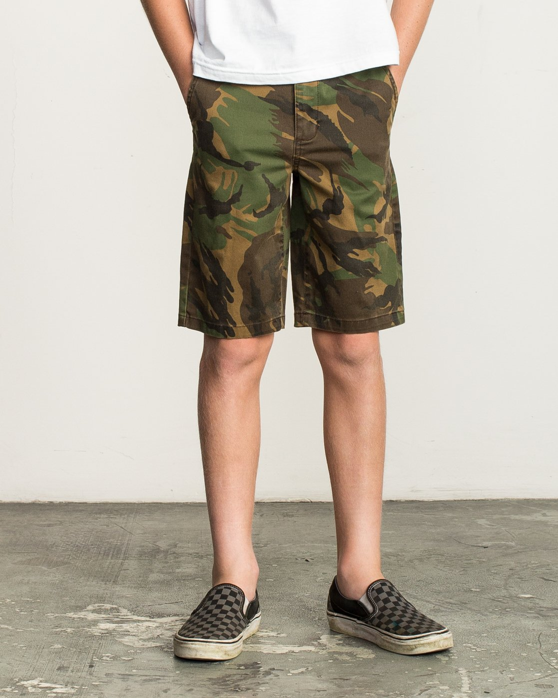 1 Boy's Weekday Stretch Short Camo B240TRWD RVCA