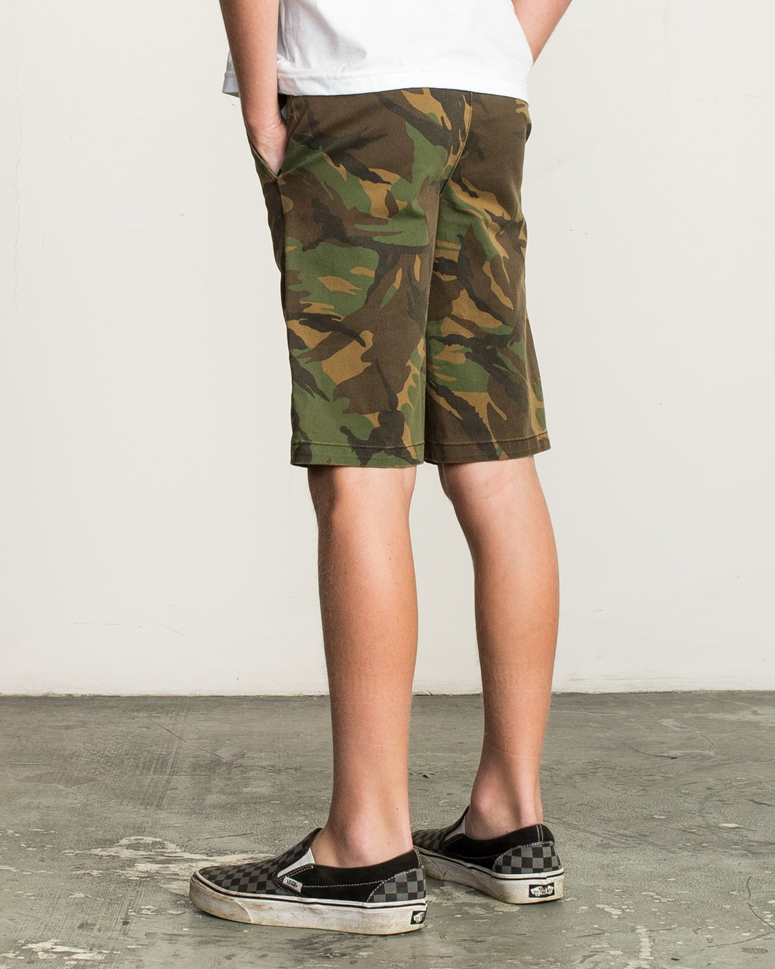 3 Boy's Weekday Stretch Short Camo B240TRWD RVCA