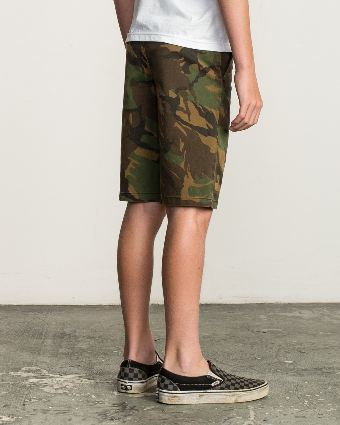 5 Boy's Weekday Stretch Short Camo B240TRWD RVCA