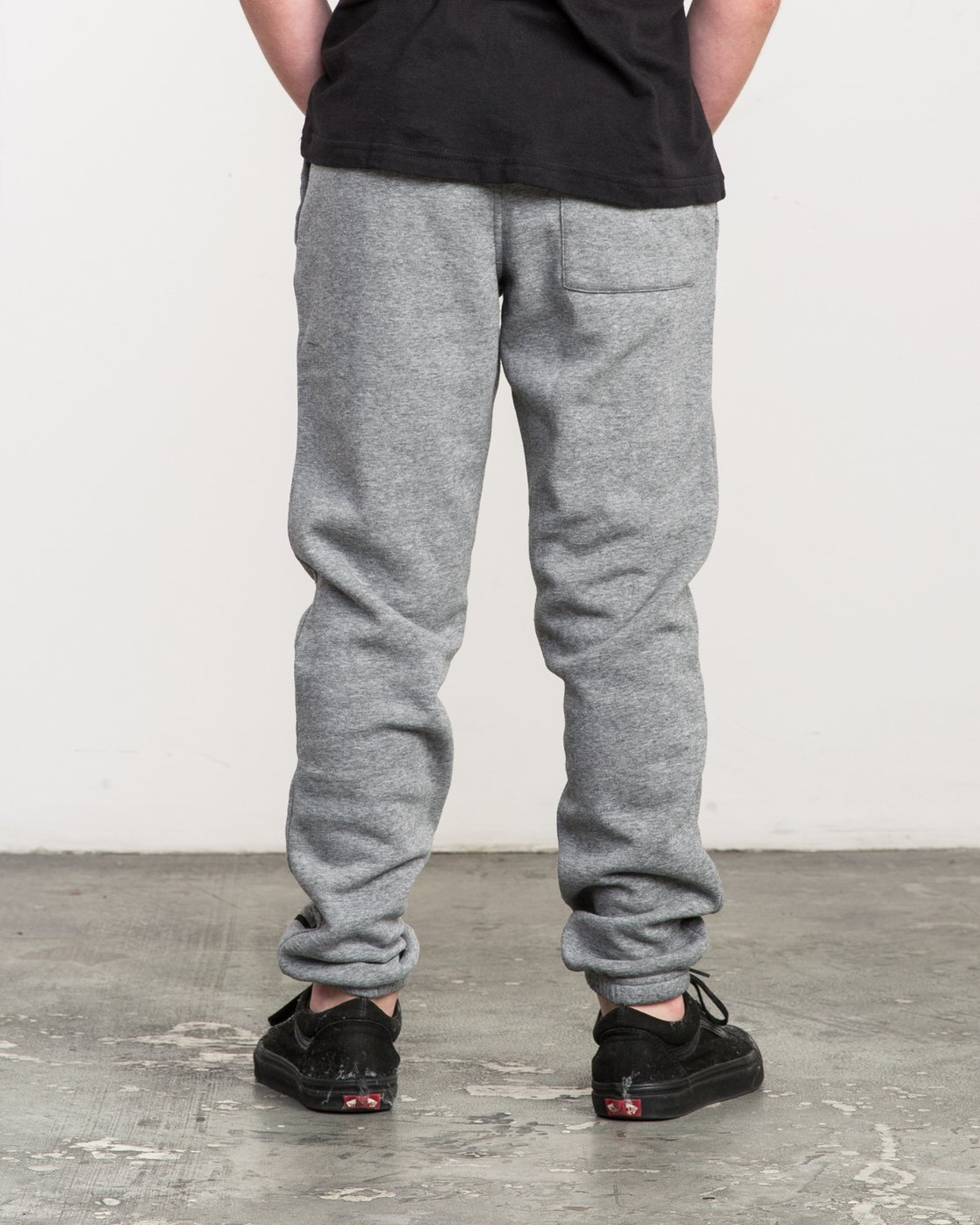3 Boy's VA Guard Fleece Sweatpant Grey B301QRGU RVCA